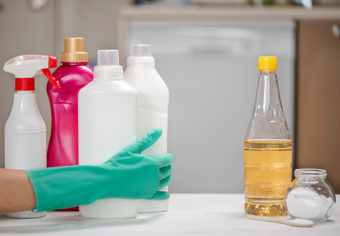 Chemical Cleaning Vs Natural Cleaning